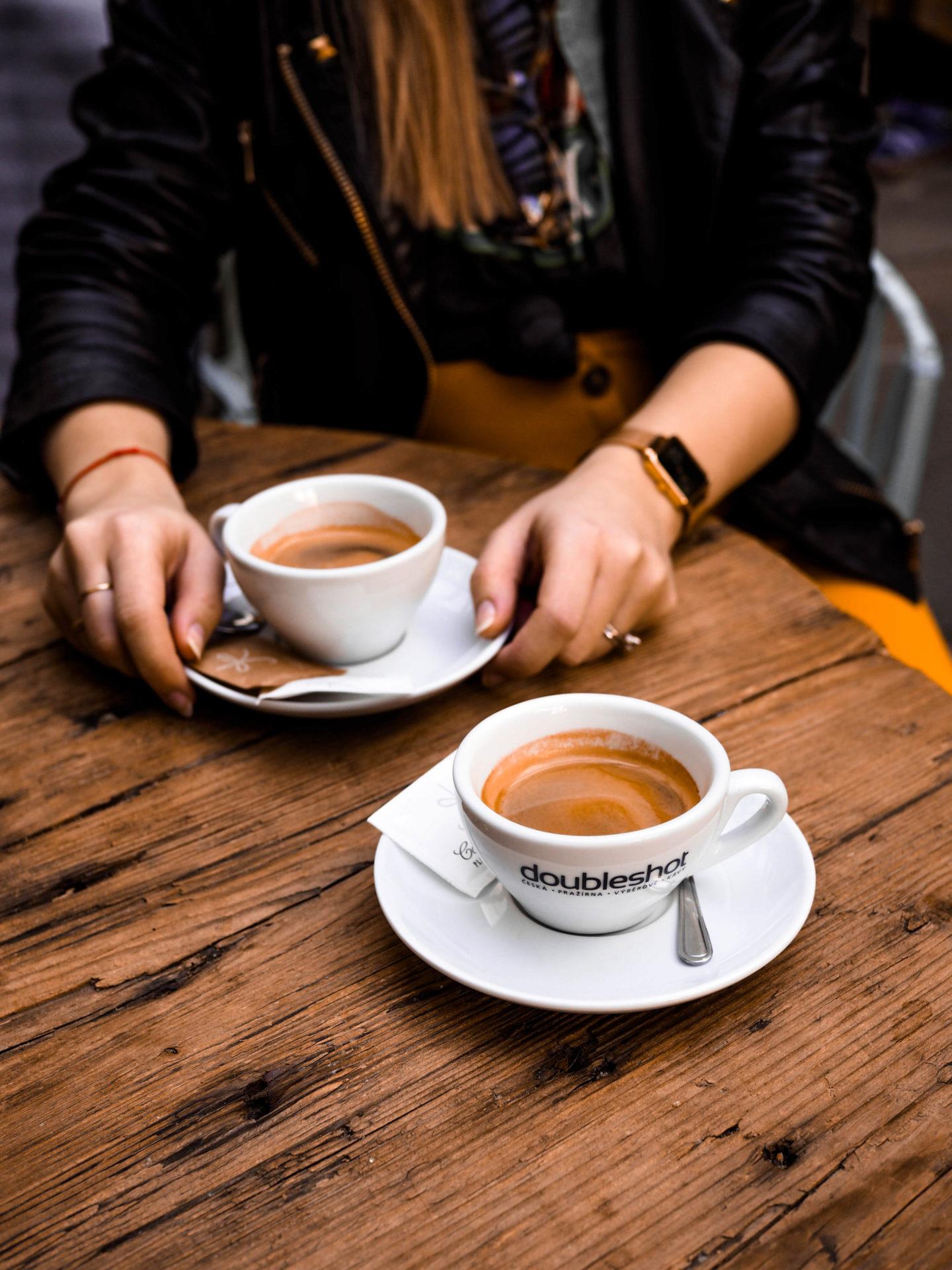25 nejlepších kaváren se zahrádkou v Praze